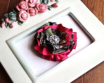 New Mossy Oak BREAK UP Shocking Pink Camo Bling Flower Girls Womens Clip Photography Prop