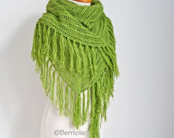 Crochet lace shawl with fringe, Green, R615