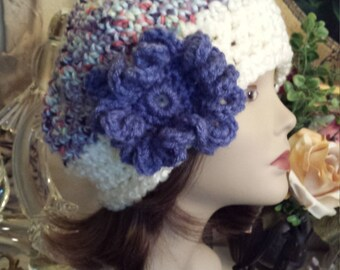Winter hat with flower handmade crochet by petronella