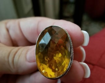 Honey Quartz Oval Ring- size 7!