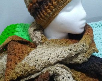 crochet set of puff stitch beanie and scarf for woman