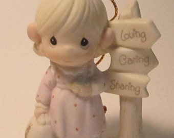 """Precious Moments """"Loving, Caring and Sharing Along the Way"""" vintage figurine  (#802)"""