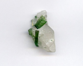 14.1 ct. Beautiful Green Tourmaline Bunch Specimen with Quartz
