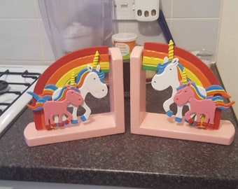 Choose your own colour bases on these cutie unicorn family bookends