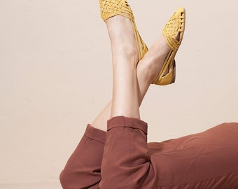 Yellow Sandals , Woven Sandals ,  Huarache , Leather Sandals, Women's Sandals, Womens Shoes, Flats , Summer Flats, Sara // Free Shipping