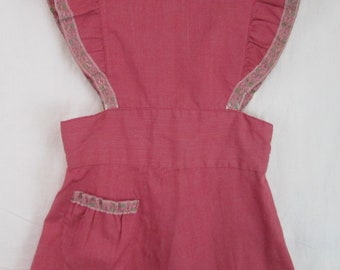 Girls Smock Apron Dress Rose Pink Handsewn Lace Trim Pocket 1960s/1950s