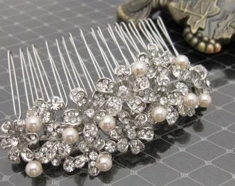 Bridal hair clip,Pearl Wedding Hair Comb,Vintage Inspired Swarovski Pearl Bridal Hair Comb,Rhinestone Bridal Tiara,Wedding Hair Accessories