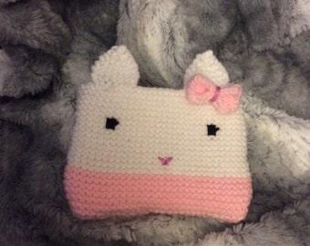 Bunny pouch, knit bunny