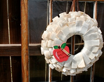 Book Page Wreath with Apple & Crayons for Teacher