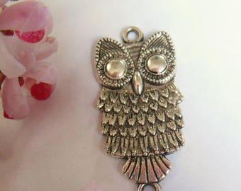 pretty silver metal OWL pendant