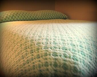 Vintage Chenille Bedspread, Chenille Cotton Blend Bedspread, Green Chenille Comforter