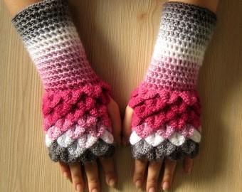 EXPRESS SHIPPING! dragon scale fingerless gloves, dragon gloves, crocodail gloves, gift for her, gift for christmas ///Formalhouse