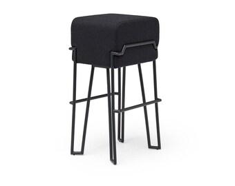 BOKK BAR FELT - Puik - Design - Amsterdam-Kruk-Interieur-Meubels-Staal-Handgemaakt-Vilt-Wol-Poedercoating-Gelast-Draad Frame