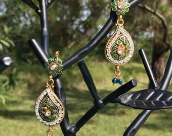 Traditional Emerald Paisley Earrings - 22k Gold Plated