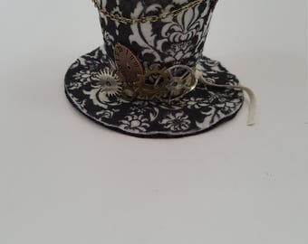 Steampunk Tiny Top Hat, Steampunk Costume, Costume Accessory, Halloween Costume, Cosplay Accessory, Cosplay Hat, Steampunk Cosplay, Tiny Hat
