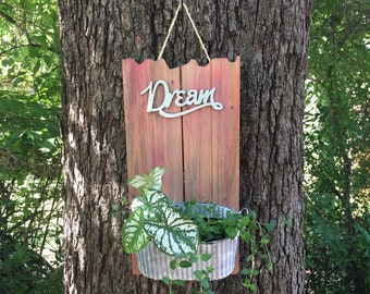 Hanging Outdoor Planter Box   Dream