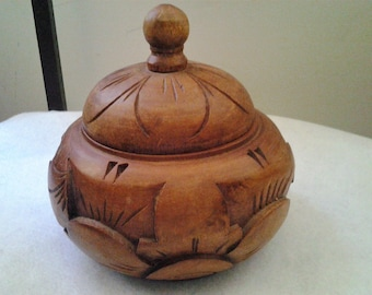 Vintage Hand Carved Wooden Lidded Pot / Bowl