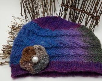 Woman's hat, Woman's winter hat, Hand knit hat, Cloche, Chemo cap, Flapper hat, Beanie