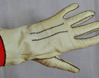Vintage Kay Fuchs Hand Tailored Kid Gloves - Creamy Ivory Size 6-1/2