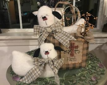 Primitive Easter Sheep in Basket, Easter Spring Sheep in Faith basket, Easter Decoration, Primitive Sheep