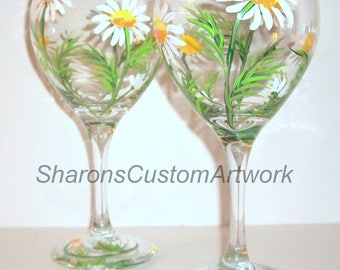 White Daisies Hand Painted Wine Glasses Set of 2 / 20 oz. Red Wine Goblets, Springtime, White Daisy, Wedding, Birthday Gift Bridesmaid Gift