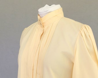 Cream Blouse with Tucks, Vintage Three Quarter Length Sleeve Martinique Blouse, Fits Size 6, Small