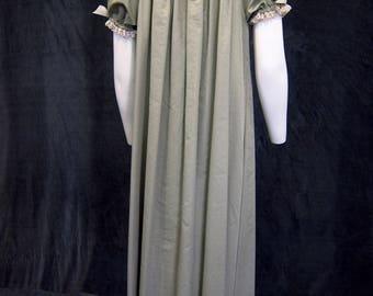 Green Medieval Chemise Dress Under Dress Peasant Dress Renaissance Chemise Pirate Chemise  Wench Costume Petite Plus Size Chemise Long