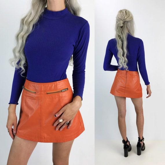 90s Orange Leather Mini Skirt Small Size 4 - High Waist Ms. Maxima Wilsons Leather Skirt - Peachy Orange A-Line Mini w/ Zipper Pockets Small