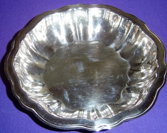Vintage  ONEIDA SILVERSMITHS Round Small  Silverplate Bowl Made in USA