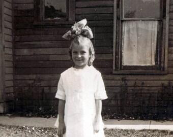vintage photo little girl big hair bow Evelyn photograph 1921