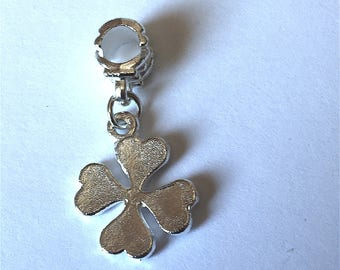 CLOVER (shiny metal)