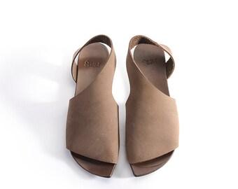 New, Leather Woman Shoes, Summer Flat, Minimalist, Brown slip-on, Slide, Israel shoes, Una Una, Asymmetrical Sandal, Leather women shoes