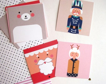 Lot de  8 jolies étiquettes-cadeaux sur  thème de Noël et de l'hiver*