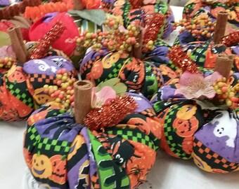 Quilted Pumpkins....Fall Decorations....Halloween Decor....Handmade Fabric Pumpkins