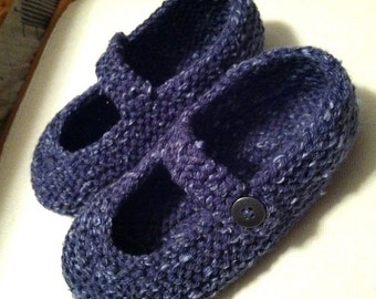 Easy Mary-Jane Slippers (PDF pattern)