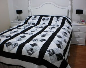 Strippy Four Patch Quilt Pattern