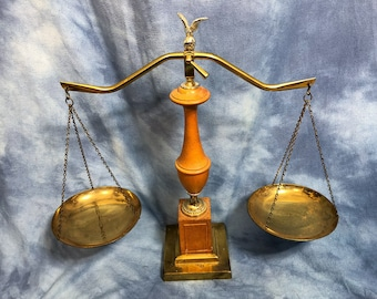 """Vintage 21"""" Wood and Brass Adjustable Merchant General Store Scale"""