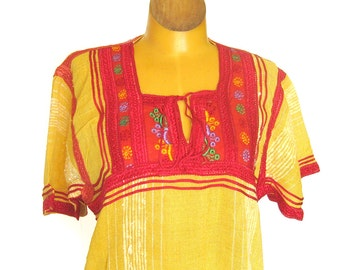 Caftan Dress Yellow Gauze with Embroidered Yoke / Boho Chic / Hippie Dress / Festival Dress / Made in Morocco / 1970s Vintage