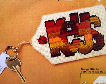Jiffy Needlepoint Key Chain Kit, KEYS, Mesh Canvas, Wool Yarn, Sealed 1980 Kit