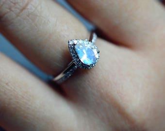 Moonstone Engagement Ring Blue Moonstone Wedding Ring White Gold Platinum Moonstone Engagement Ring Halo Moonstone Engagement Ring Wedding