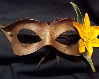 Lily Mask