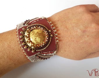 Embroidered cuff, imitation leather, burgundy red, muselet plate, Champagne, beads embroidery, recycled lingerie lace, Miyuki * BRB1019