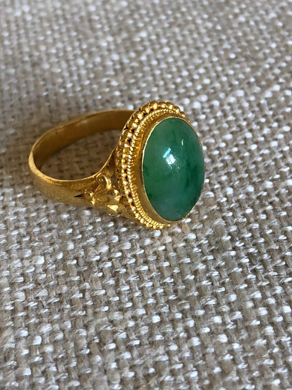 Antique 22K Gold Chinese Jade Ring