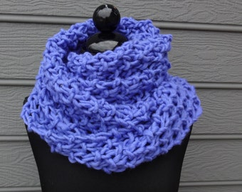 Periwinkle Chunky Cowl Scarf - Infinity Scarf -  Hand Knit - Wool - Figure 8 Scarf