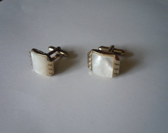 1930s High End Gold and Mother of Pearl Art Deco Cuff Links