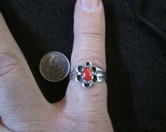 Navajo sterling silver and coral ladies ring with scalloped ring top size 7 1/2.