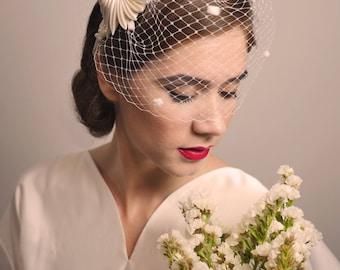 VINTAGE WEDDING HEADDRESS - Tocado / Headdress
