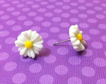 "Spring Time Collection ""Daisy Doll"" Dainty White Daisy Earrings"