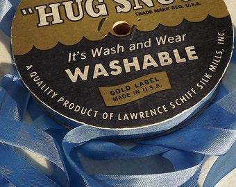Seam Binding Periwinkle Blue Vintage Hug Snug Woven Edge 5 Yards 1/2 wide