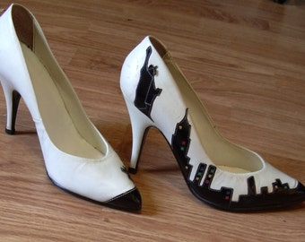 Rare vintage New York skyline heels
